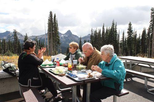 Mount rainier 2010 lunch